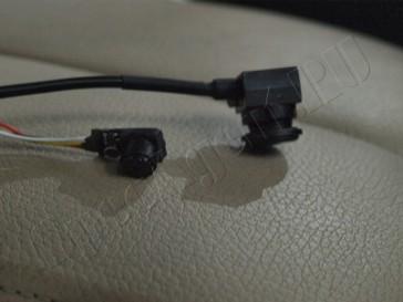 skrytoe-videonabludenie-avomobil-mashina-install-004