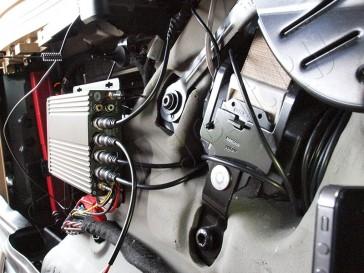 skrytoe-videonabludenie-avomobil-mashina-install-008