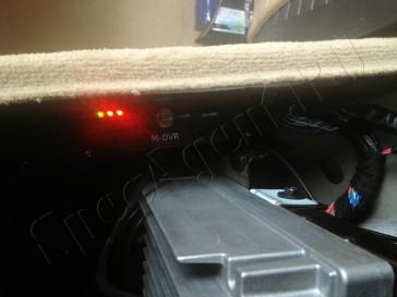 skrytoe-videonabludenie-avomobil-mashina-install-014