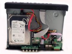 4-канальный H.264 видеорегистратор для систем видеонаблюдения