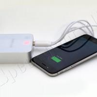 Портативное мобильное зарядное устройство USB 8400mAh