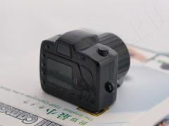 Самая маленькая в мире  видеокамера rs301